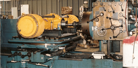 engine-lathe machining